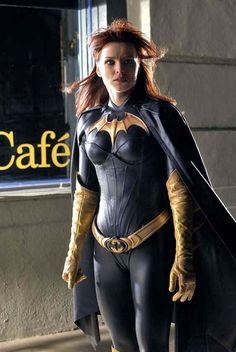 Barbara Gordon [Batgirl/Oracle] / Dina Meyer (Birds of Prey)