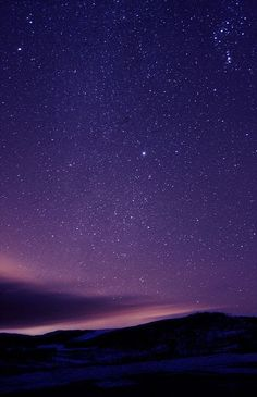 Lake Granby in Grand County, Colorado. The bright star in the middle is Sirius, the brightest star in the sky and part of the constellation Canis Major. Beautiful Sky, Beautiful World, Beautiful Places, Beautiful Pictures, Pretty Sky, Sky Full Of Stars, Star Sky, Ciel Nocturne, Galaxy Wallpaper