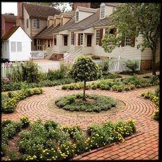 Colonial Williamsburg Virginia History - Photo by David Kozlowski