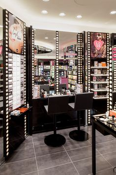 Mecca Maxima Designed By Red Design Group Aims To Bring The Beauty Lover