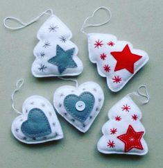 27 Popular Christmas Ornaments Ideas 11 Best Picture For Diy Felt Ornaments Christmas Projects, Felt Crafts, Holiday Crafts, Felt Projects, Christmas Ideas, Holiday Decor, Felt Christmas Decorations, Felt Christmas Ornaments, Handmade Decorations