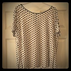 LOFT Polka Dot blouse Super soft LOFT with flowy shape is great for shorts or leggings. Exposed zipper in the back with ribbon pull. Classic for so many outfits! LOFT Tops Blouses