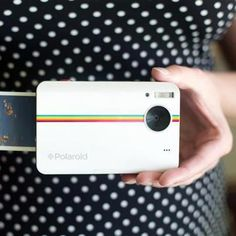 Polariod Instant Camera omg I want  Someone want to get me one of these for Christmas????
