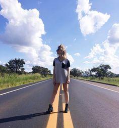 """218.7 mil curtidas, 2,015 comentários - Snapchat: heynahcardoso (@nahcardoso) no Instagram: """"Olá feriado, olá Minas Gerais, Olá estrada, Olá Vida linda de viver! """""""