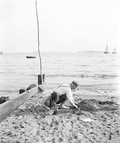 1938 Day Trip to Southend-on-sea, Essex