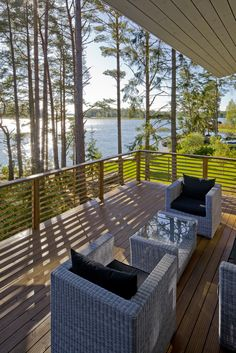 Honka log homes. Cottage Design, House Design, Outdoor Balcony, Outdoor Decor, Summer Cabins, My Ideal Home, Weekend House, Scandinavian Home, Cottage Homes