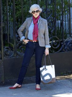 Women's Grey Plaid Blazer, Light Blue Dress Shirt, Navy Jeans, Red Suede Ballerina Shoes Source by Fashion Looks, 60 Fashion, Fashion For Women Over 40, Fashion Trends, Light Blue Dress Shirt, Light Blue Dresses, Chic Outfits, Fashion Outfits, Outfits Mujer