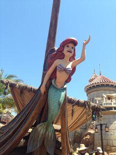 Fantasy Land - The Little Mermaid - MY NEW FAVORITE RIDE!! - Magic Kingdom - Walt Disney World Resort