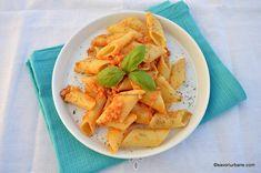 Sos pentru paste gen bolognese de post - rețeta vegană | Savori Urbane Gen, Paste, Bologna, Cantaloupe, Food And Drink, Fruit
