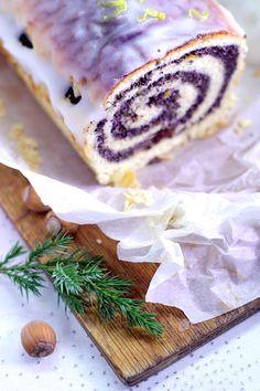 strucla makowa krucho-drożdżowa Camembert Cheese, Favorite Recipes, Meals, Cookies, Baking, Cake, Food, Polish, Food Cakes