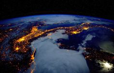 Earth as Seen from Orbit by Astronaut and Space Photographer Scott Kelly, http://photovide.com/earth-orbit-scott-kelly-photography/