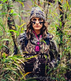 Women's Camo Waders by Gator Waders Duck Hunting Gear, Bow Hunting Women, Hunting Girls, Hunting Clothes, Girls In Camo, Hunting Face Paint, Camo Face Paint, Crossbow Hunting, Apocalypse