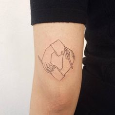 M. C. Escher inspired tattoo on the back of the left arm. Artista Tatuador: Doy