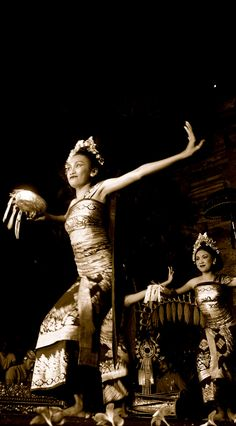 33 Awesome Indonesia Traditional Dance Images Coffee Culture Of