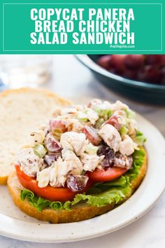 Copycat Panera Bread Napa Almond Chicken Salad Sandwich is one of my favorite light lunches. Made with grapes, almonds and celery, it& seriously quick and easy to make and a great way to repurpose leftover chicken! recipes with chicken Chicken Salad Recipe With Almonds, Chicken Salad Recipes, Original Chicken Salad Recipe, Sandwiches, Salat Sandwich, Breaded Chicken, Greens Recipe, Gourmet, Caldo De Res