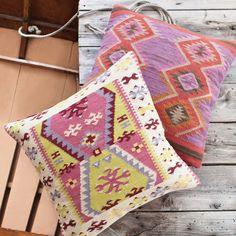 Dash & Albert Bohemian Wool Woven Pillow @Layla Grayce