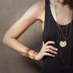 Elli Necklace | FAY ANDRADA // Medium Shot Idea