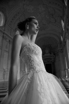 Abito da Sposa Nicole - Collezione ALESSANDRARINAUDO TINA ARAB16605 2016