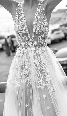 Wedding Embroidery, Beaded Embroidery, Bridal Shrug, Wedding Fabric, Luxury Dress, Lace Fabric, Sequins, Trending Outfits, Wedding Dresses