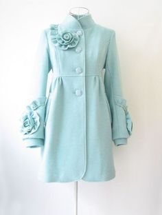 There isn't anything about this peacoat I don't like! Beautiful!