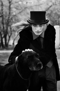 black and white photo of top hat woman with her old dog Dark Beauty, Gothic Beauty, Visage Halloween, La Danse Macabre, Gothic Men, Victorian Gothic, Looks Dark, Goth Guys, Gothic Fashion