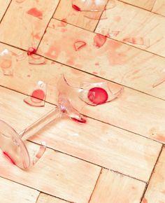 Is er een glas gesneuveld? Kom in actie met een bammetje! Gebroken glas opruimen…