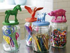 ¿Tus hijos te prestarán sus animalitos de plástico...?