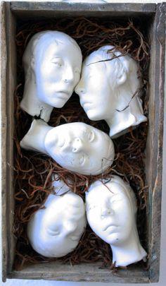 #heads #box #sculpture