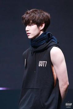 Read mark from the story imagines by kstrawberi (💖) with reads. bambam, jinyoung, You were sick, you hated being sick because no one could b. Mark Tuan Abs, Got7 Mark Tuan, Girls Girls Girls, Boys, Mark Bambam, Kim Yugyeom, Got7 Youngjae, Jaebum Got7, Tyga
