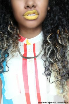 Curly Hair & Yellow Lipstick