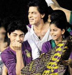 Shahrukh Khan with his chidren Aryan and Suhana at a KKR game.
