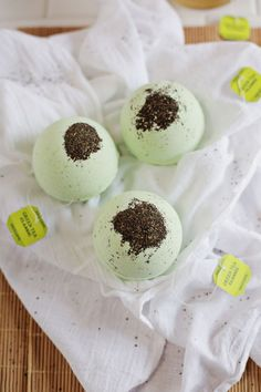Make your own green tea and lemon bath bombs