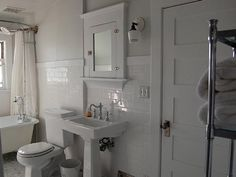 1000 images about california bungalow ideas on pinterest for Californian bungalow bathroom ideas