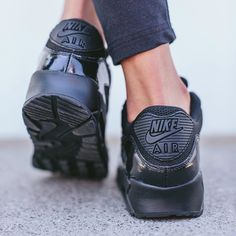 air max 90 all black womens