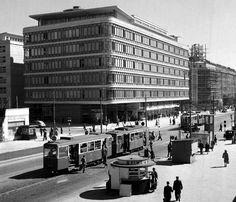 Warszawa, Centralny Dom Towarowy (czyli przebudowywany obecnie Smyk), 1951 r. Street View, Historia