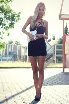 Daisy, a blogger from Germany. Really like her look