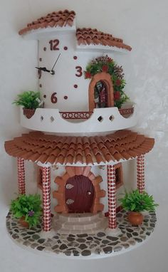 Fairy Houses, Fairies, Biscuit, Gingerbread, Diy And Crafts, Crafts, Clay Tiles, Plaster, Ornaments
