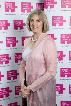 Theresa May wears pink - Theresa May - Wikipedia, la enciclopedia libre Female World Leaders, Teresa May, Kate Garraway, Boys Are Stupid, British Prime Ministers, Six Month, Present Day, Older Women, Breast Cancer
