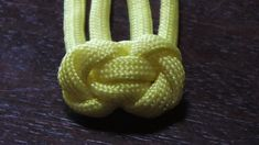 Unique Paracord Snake Head Button Knot - How To Tie It