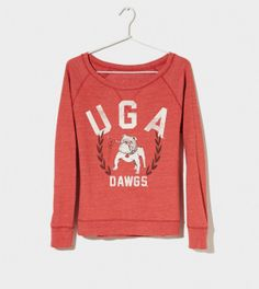AE sells collegiate wear…whaaatt?? (I mean hooray!) Georgia Vintage Raglan T-Shirt