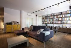 Gorgeous Apartment Design Interior with Industrial Design Scheme: Industrial Design Apartment Grey Sofa Small Coffee Table