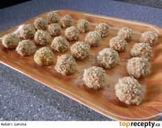 Medové kuličky-Marlenka Christmas Sweets, Christmas Goodies, Christmas Baking, Baked Goods, Sweet Recipes, Sweet Tooth, Almond, Food And Drink, Cookies