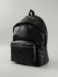 Insert Saint Laurent's luxe spin to your daily collection with this backpack. Forever classy, the Saint Laurent Hunting Backpack gives a deluxe means of holding your everyday essentials. http://www.luxtime.su/ysl-bags/saint-laurent-hunting-canvas-studded-backpack-ysl6820black