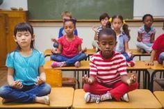 El juego del silencio Montessori ¿Alguna vez han escuchado hablar del Juego del Silencio? Es una parte vital del currículum de un salón Montessori. Entre muchas otras cosas, el Juego del Silencio...