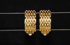 Earrings Gold 10K Vintage Celebrity Waffle Pattern Clip On http://www.RIVIBLUECLOTHING.com Site being loaded with inventory while under contraction. FREE DOMESTIC SHIPPING!