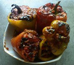 {Ricette bimby} :: Peperoni ricchi al pistacchio con melanzane e capperi
