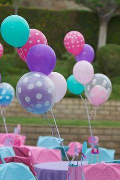 balloon centrepieces for children's birthday party