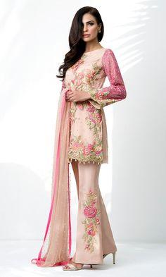 Simple Pakistani Dresses, Pakistani Outfits, Indian Dresses, Indian Outfits, Ethnic Wear Designer, Indian Designer Outfits, Occasion Wear, Trendy Dresses, Kimono Top