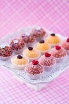 ✿★ CUPCAKES ✝☯★☮ Brazilian Sweets: Brigadeiro