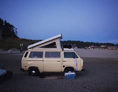 Isn't this the perfect beach spot? Thanks @finding_benevolence for the pic! Just dropped Major Tom off at the garage where she'll undergo some final repairs before a brief road-testing next week. Cutting it a bit fine but we should then be all set for our trip to see Iron Maiden in Arnhem!  #campervanster #vanlife #campervan #camping #VW #ironmaiden #maidenvoyage  #arnhem #holland #france #belgium #worcester #hippielife #hippie #vwt25 #vanagon #festival #beach by campervanster